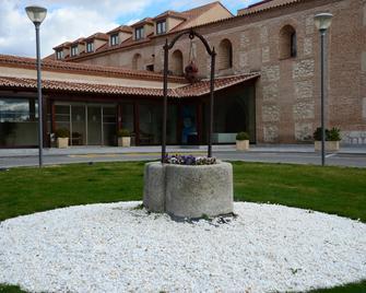 Castilla Termal Balneario de Olmedo - Olmedo - Edificio