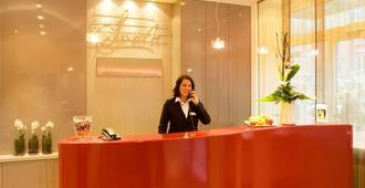 Hotel Scala Frankfurt City - Fráncfort - Habitación