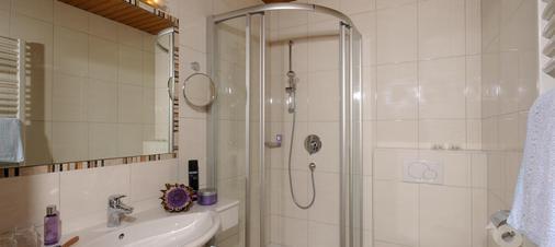 Gästehaus Pirker - Finkenberg - Bathroom