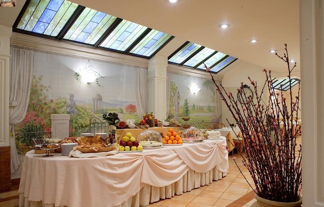 Hotel Mozart - Milan - Buffet
