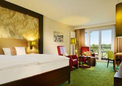 Romantik Hotel Jagdhaus Eiden am See - Bad Zwischenahn - Bedroom