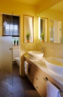 Romantik Hotel Jagdhaus Eiden am See - Bad Zwischenahn - Bathroom