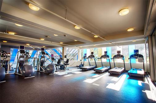 Pinnacle Hotel Harbourfront - Vancouver - Gym