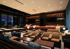 Hotel Gracery Shinjuku - Tokio - Oleskelutila