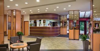 Hotel Benczur - בודפשט - דלפק קבלה