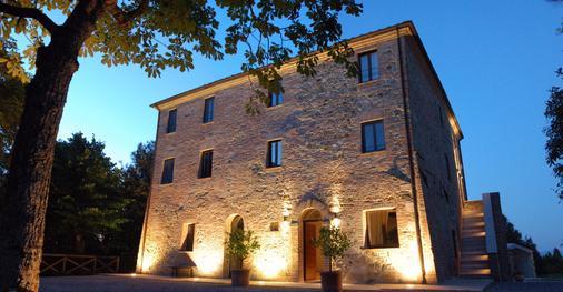 Poggio Piglia - Chiusi - Building