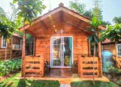 Estrela Do Mar Beach Resort - A Beach Property, Goa - Calangute - Building