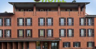 B&B Hotel Bergamo - Bergamo - Gebäude