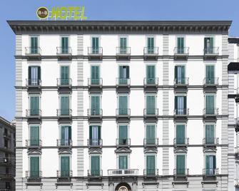 B&B Hotel Napoli - Neapel - Gebäude