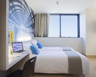 B&B Hotel Milano San Siro - Mailand - Schlafzimmer