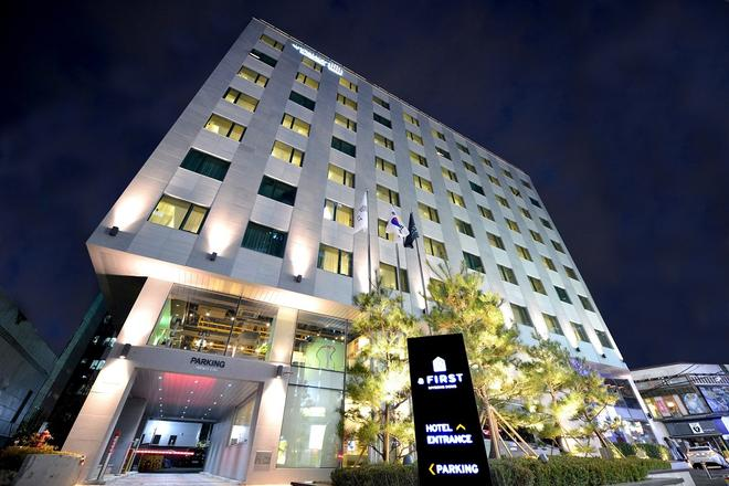 aFIRST Hotel Myeong dong - Seoul - Building