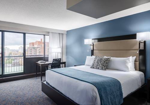 Ottawa Embassy Hotel & Suites C$ 155 (C̶$̶ ̶2̶7̶6̶)  Ottawa