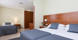 Hotel Porcel Torre Garden - מדריד - חדר שינה