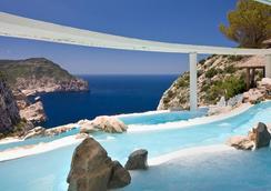 Hacienda Na Xamena, Ibiza - Ibiza - Pool