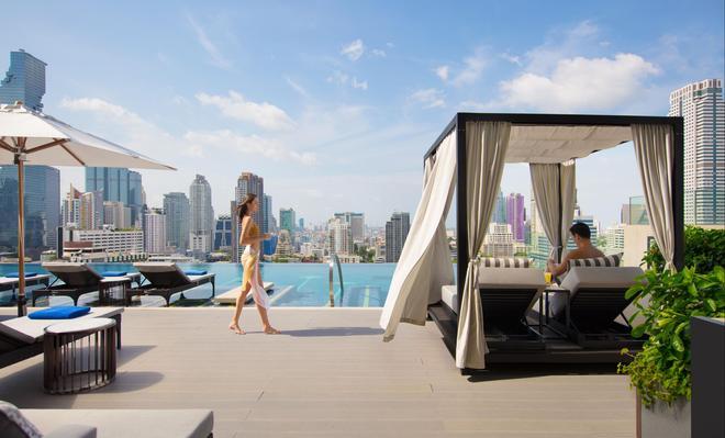 蘇拉翁塞曼谷萬豪酒店 - 曼谷 - 游泳池