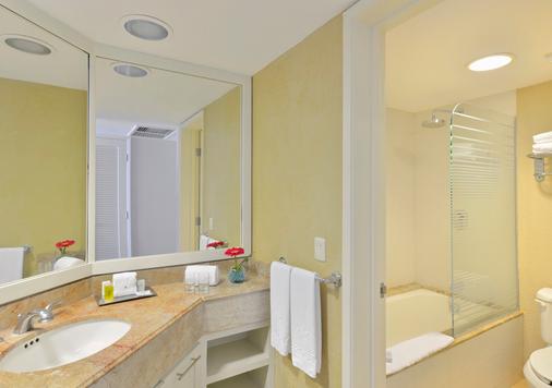 坎昆伊貝羅斯塔式酒店 - 坎昆 - 坎昆 - 浴室
