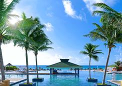 Iberostar Cancun - Cancún - Pool