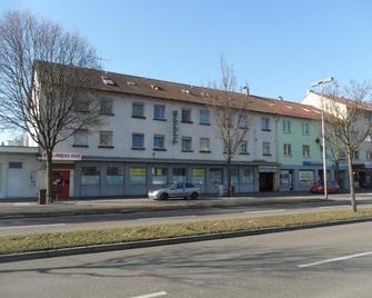 Hotel Funk - Bietigheim-Bissingen - Gebäude