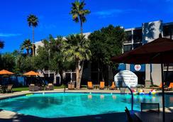 Hotel 502 - Phoenix - Uima-allas
