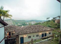 Hotel Solar Das Lajes - Ору-Прету - Вид снаружи