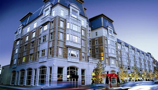Hotel Commonwealth - Boston - Building