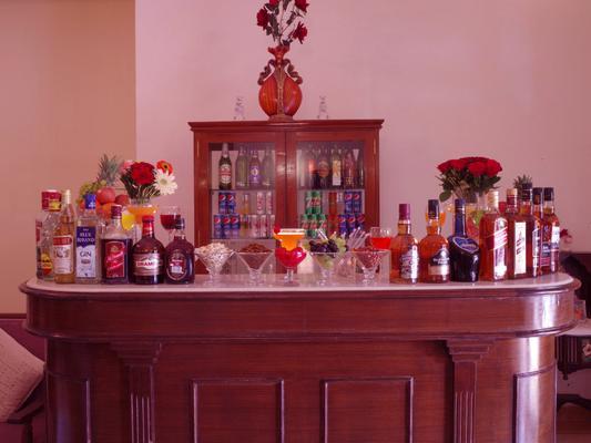 拉瓦爾寇特飯店 - 齋沙默爾 - 酒吧