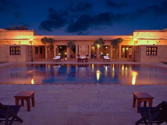 拉瓦爾寇特飯店 - 齋沙默爾 - 游泳池