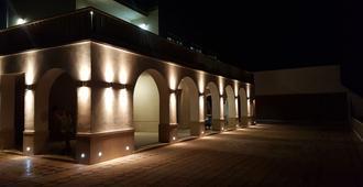 Il Paradiso sul Mare - Anzio - Building