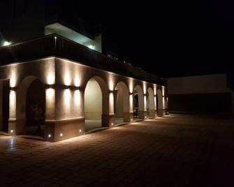 イル パラディーゾ スル マーレ - アンツィオ - 建物