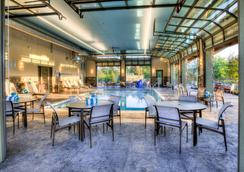Courtyard by Marriott Pigeon Forge - Pigeon Forge - Uima-allas
