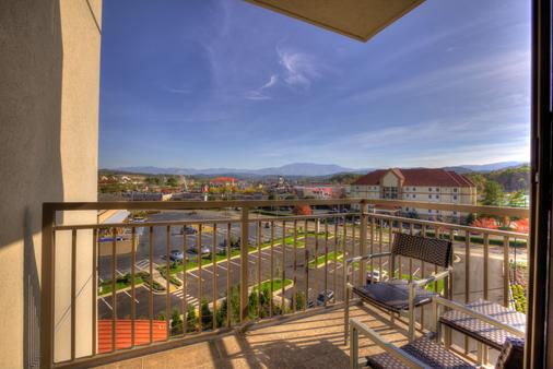 Courtyard by Marriott Pigeon Forge - Pigeon Forge - Parveke
