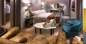 هوتل كافور - ميلان - غرفة نوم