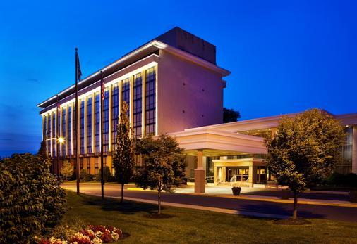 The Hotel ML - Mount Laurel - Building