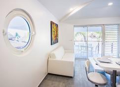 Residence Moorea Sunset Beach - Haapiti - Living room