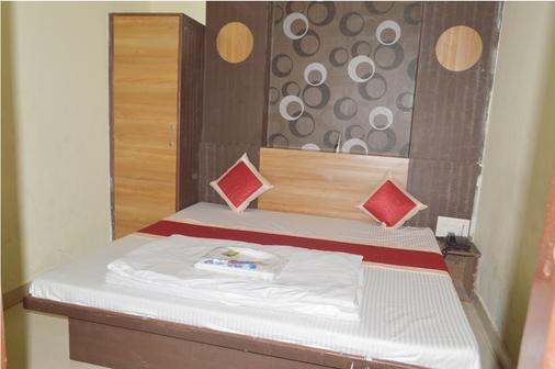 Hotel Sukh Suvidha - Ajmer - Bedroom