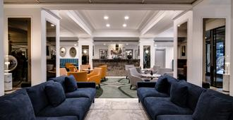 The Savoy Hotel On Little Collins Melbourne - Melbourne - Lounge