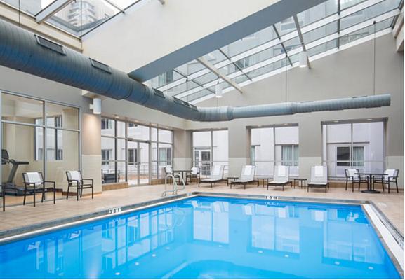 芝加哥市中心 AC 酒店 - 芝加哥 - 芝加哥 - 游泳池