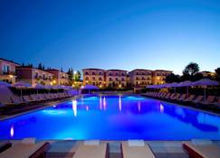 Club Resort Atlantis - Seferihisar - Pool