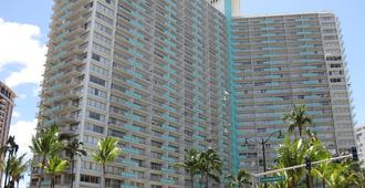 Ilikai Hotel & Luxury Suites - Honolulu - Building