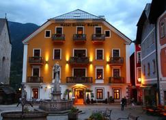 Seehotel Gruner Baum - Hallstatt - Building