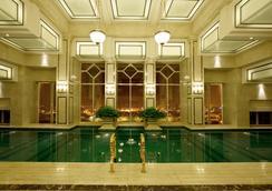 Eldora Hotel - Huế - Bể bơi