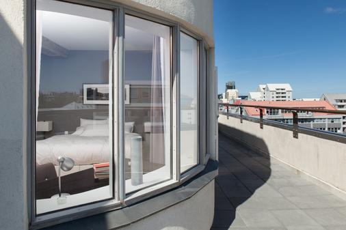 Hlemmur Square - Reykjavik - Balcony