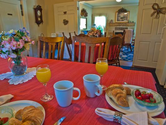 Shady Oaks Country Inn - Saint Helena - Gastronomie