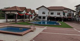 True Vine Hotel - Kumasi