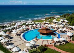 كريستال سان رايز كوين لكجري ريزورت آند سبا - شامل جميع الخدمات - سيد - حوض السباحة
