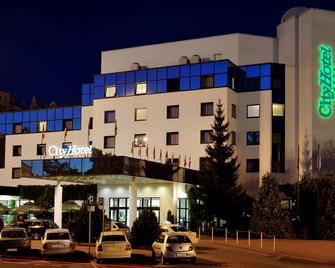 City Hotel - Bydgoszcz - Building