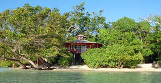 Sunrise Beach Cabanas Eco-Resort - Luganville
