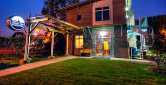 The Crash Pad - An Uncommon Hostel - Chattanooga - Edificio