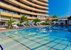 Grand Hotel Pomorie - Pomorie - Pool