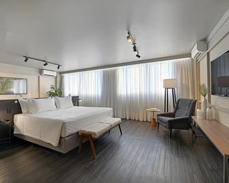 Hotel Deville Business Maringá - Maringá - Habitación